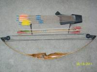 1960's ERA BOW WITH ALL ACESSORIES AS SHOWN IN PICTURE