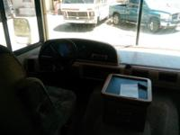 1999 fleetwood Bounder 34J Location; North shore, Big