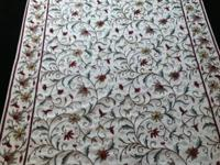 Beautiful 4x6 woven wool floral area rug in excellent