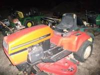 ARIENS GT 17 LAWN AND GARDEN TRACTOR. 17 HP , HYDROSTAT