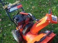 nice ariens 5.5hp 20in cut runs well and looks great