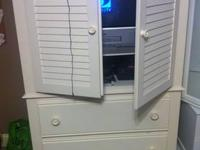 Large white armoire. Beautiful piece of furniture! Paid