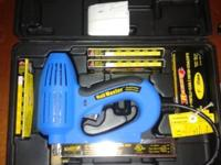 Arrow ET100M electric Brad Nail gun with variety of