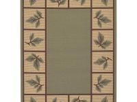 Machine made in 100% polypropylene, this rug features a
