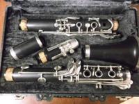 Lightly used Artley 17s clarinet. Totally refurbished,