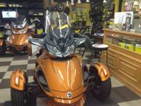 WEEKEND SPECIAL! PRICE REDUCED! 2014 Can-Am Spyder ST
