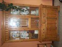 ASHLEY DINING ROOM TABLE HUTCH AND 6 CHAIRS. THIS SET