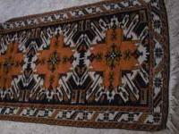 I am selling my highest grade hand woven Silk Area Ru: