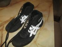 I have a pair of almost new Asics wrestling shoes. Size