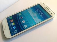 Great condition at&t galaxy s3 16gb white  In comes