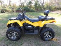 Model:	800 max xt Exterior Color:	Yellow Type:	Utility