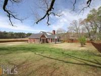 Tons Of Possibilities! 4 Sided Brick Ranch With
