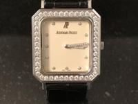 Beautiful Solid 18K Gold Audemars Piguet Swiss Watch