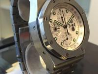 This is a Audemars Piguet, Royal Oak for sale by La