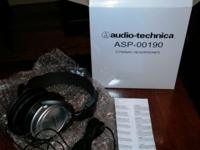 This is a Brand New, never used, ATH-T22 dynamic stereo