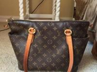 Authentic Louis Vuitton Totally PM in really good