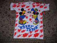 Very cool authentic Mickey Mouse nightshirt / sleeping