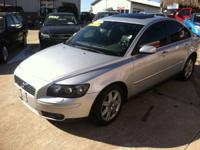2005 VOLVO S40 T5 TURBO, AUTOMATIC TRANSMISSION WITH