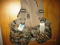 This Avery 900D Strap Vest is perfect for waterfowlers