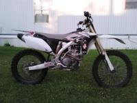 You're looking at a sweet 2010 Yamaha YZ250F for sale.