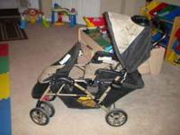 SELLING MY GRACO DOUBLE STROLLER. ITS BEEN A GREAT