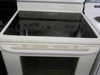 OUTSTANDING PROBLEM Frigidaire 1 Year. Old Almond Self