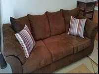 Brown microfiber couch in excellent condition. I've