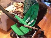 This is a brand new Sola stroller by Mama & Papas, I've