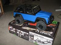 Offering my Axial scx-10 Dingo, got it earlier this