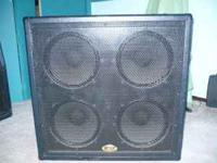 Selling the lower guitar cab of my B52 full stack. I
