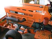 its got 3 attachments 6speed & 2speed rear end looks