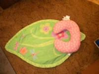 cute little boppy set for tummy time in pink for a