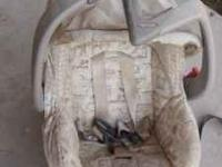 I have a baby carseat it has the bottom part and
