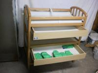 CHANGING TABLE  /  PALI BRAND  /  SOLID OAK FRAME  /