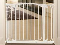 Infant Child Gates - DreamBaby Swing Close (4 of
