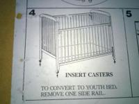 Baby crib for Sale. In excellent condition. Very easy