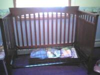 Crib with Sealy matress has attached changing table