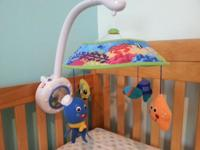 "Baby Einstein brand ""Sweet Sea Dreams Mobile"" Features"