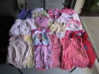 Baby girls clothing sizes 12 months. 20 pieces. $25