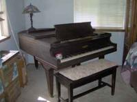 CHICKERING BABY GRAND, VINTAGE 1920'S, NEEDS TUNING AND