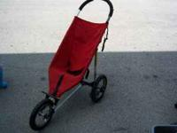 BABY JOGGER JOGGING STROLLER ... NEEDS AIR, TO BE