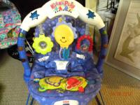 FISHER PRICE BABY  KICK&PLAY INFANT SEAT. PLEASE WATCH