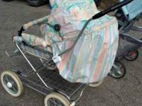 BABY PRAM-STROLLER VERY CLEAN - just washed Canopy Lay
