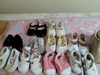 Baby shoes the first row size 1  Second row size 2