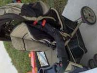 graco metro lite stroller in perfect shape must see.