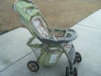 USED STROLLER, NO TEARS, STAINS OR BREAKS. WAS USED