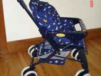 chicco baby Habitat stroller/pram. stroller has never
