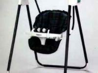 Graco 983 BW Series Open Top Swing Tray flips for easy