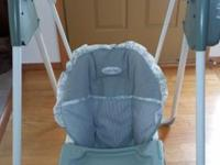 Windsor baby swing In good condition Works excellently