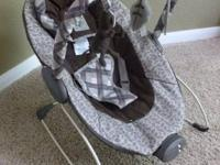 "Excellent condition! Baby Trend EZ Bouncer ""Monkey"
